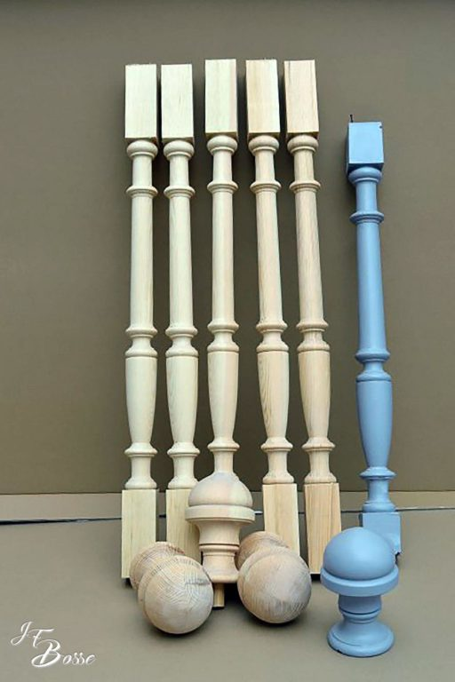 Balustre et boules d'escalier (reproportionnées aux dimensions souhaitées)